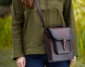 Veronica two way plain leather satchel