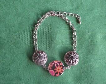 snap button style bracelet