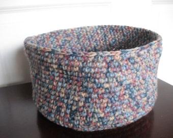 Basket, crocheted