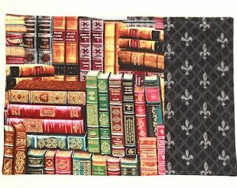 Mug Rug: Library Books
