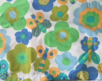 Vintage twin flat sheet with matching pillowcase, free shipping!