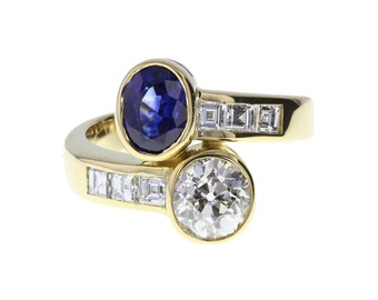 Sapphire and Diamond Toi et Moi Ring in 18ct Gold (Two Stone Ring)