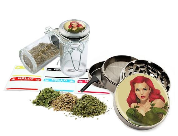 "Green Girl - 2.5"" Zinc Alloy Grinder & 75ml Locking Top Glass Jar Combo Gift Set Item # G022015-017"