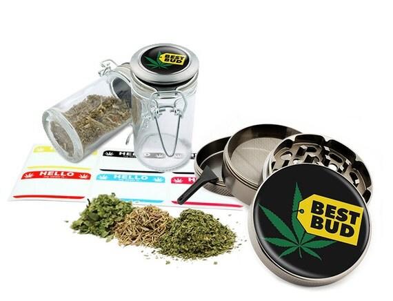 "Best Bud - 2.5"" Zinc Alloy Grinder & 75ml Locking Top Glass Jar Combo Gift Set Item # G022115-022"
