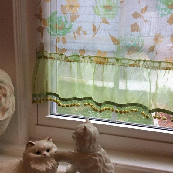 Vintage 60s Cafe Curtain with Pom Pom Trim (A572)