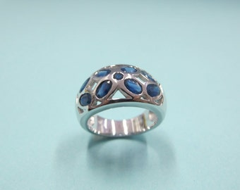 925 sterling silver ring with sapphire