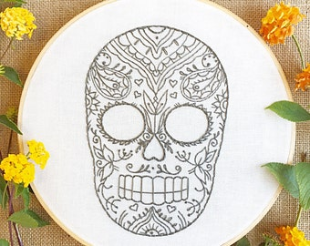 paisley skull embroidery hoop art/sugar skull embroidery/calavera embroidery/day of the dead hoop/halloween wall art/embroidered skull