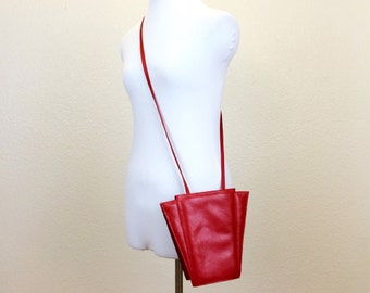 80s Art Deco Red Leather Handbag - Red Leather Purse - 80s Red Handbag - 80s Red Purse - Genesis by Sabrina Handbags - Red Leather Crossbody