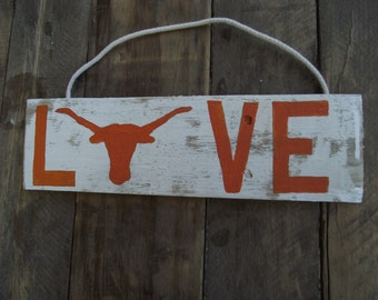 Texas Longhorn sign | University of Texas decor | Hand-painted Texas football sign | Longhorn football wood pallet sign