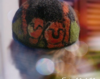 Men accessoirs, ,unique, hand felted hat , baggy hat,  flatcap, newsboy hat, men, woman,pure wool, funny, warm, winter- FilcMAM Faces
