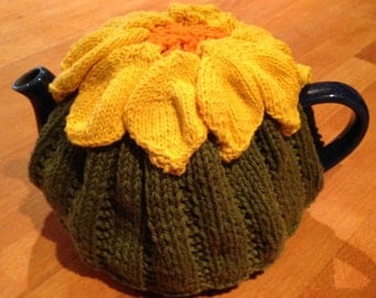 Cotton sunflower tea cosy