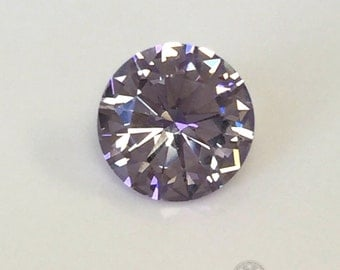 Color Change. Purple-White. Round 7mm.1 Ct. Monosital