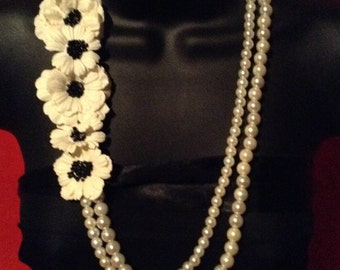 Spring Sensations Floral Pearl Necklace
