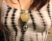 MATURE - 40mm Quartz crystal healing wand/necklace! Dont let your dream stay dreams, use MAGIC!!