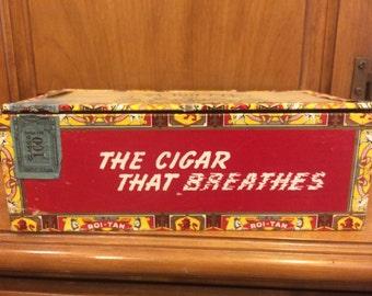 Vintage Roi-Tan cigar box
