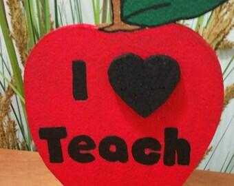 I Love Teach Apple