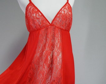 Vintage 1970s Spotlight Empire Waist Lacy Red Nightie | Size M/L, L