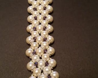 Light Cream Pearl Bracelet size 8 1/2