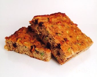Low Carb Zucchini Bread Bars, Paleo, Gluten Free, Grain Free, Dairy Free, Chocolate Chips, Walnuts, Refined Sugar Free, Protein