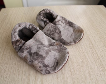 """Leather Soled Baby Shoes - Camo & brown Size 5.25"""""""