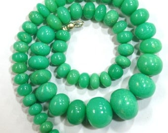 natural gem stone chrysoprase very big size smooth beads complete necklace top quality 363 carats 17 inches 9 to 17 mm