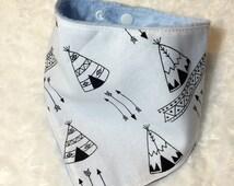 Baby bandana bib, scarf bib, drool bib with plastic snaps cotton fabric teepees and arrows light blue minky fabric