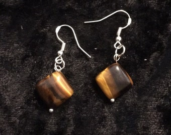 Simply Tiger eye earrings with .925 sterling silver hooks