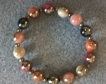Shadow coloured beaded bracelet