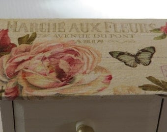 Marche aux Fleurs Mini Chest of Drawers. Perfect Christmas gift