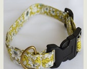 ON SALE Green Floral Collar