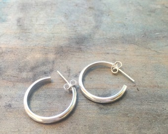 FREESHIP, silver hoop earrings, small hoops, small hoop earrings, gift for her, minimalist earrings, silver earrings, handmade earrings