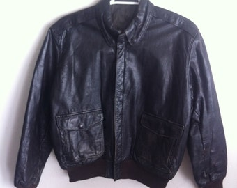 Steep Short Vintage Black Genuine Soft Leather Jacket Durable And Strong Men's Size Large.