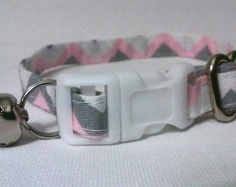 Pink Geometric cat collar