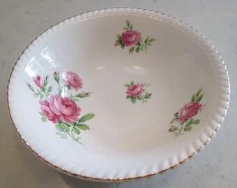 Old English Johnson Bros Pink Rose serving Bowl JB256