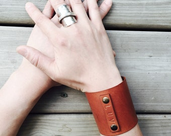 Leather Cuff, Veg Tan Leather, Vegetable Tanned Leather, Cuff, Bracelet