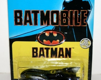 "Vintage 1989 ERTL BATMOBILE 3 1/2"" Diecast Vehicle In Original Packaging (DC, Batman)"