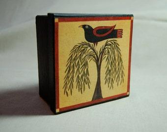 Red-winged Blackbird on Willow Tree Papier Mache Storage Gift Box