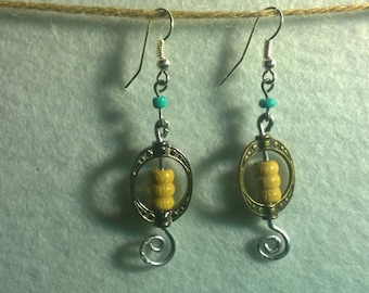 Wired natural Earrings