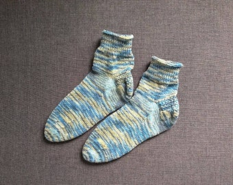 Easy knitted socks in your size