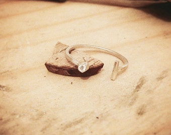 Dainty Diamond Ring