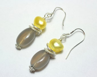 Gray Agate and yellow Freshwater Pearl Earrings