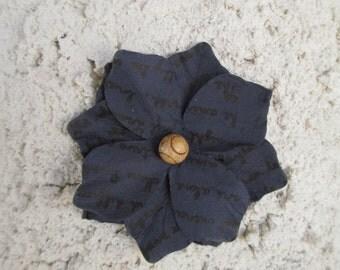 Handmade - Flower on Stucco - Wall Decor - Unique Texture