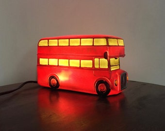 London bus table lamp with LED lighting