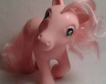 G1 My Little Pony Cherries Jubilee (NO COUNTRY 1984 ) MLP