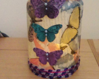 Lantern jar with butterflies