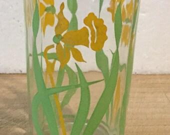 Antique Daffodil Flower Swanky Swig Glass