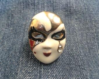 Stunning Vintage Harlequin Mask Ring