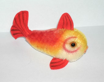 "Vintage 1960s Steiff Flossy the Fish - Yellow & Red, 5"" Long"