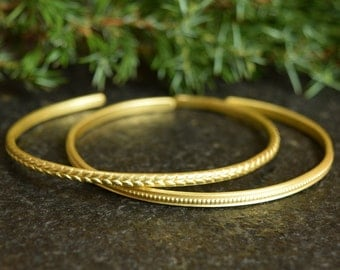 Hammered Cuff, Brass Bracelet with Texture, Gold Color Metal Bangle, Set of 2, Stacking Bangles, Bracelets, Textured Jewelry, WhiteMouse