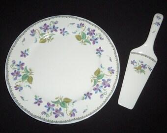 Violets Cake Plate and Server - Andrea by Sadek